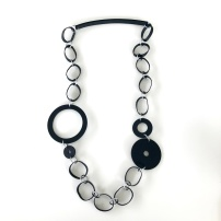 Halsband, BRN027